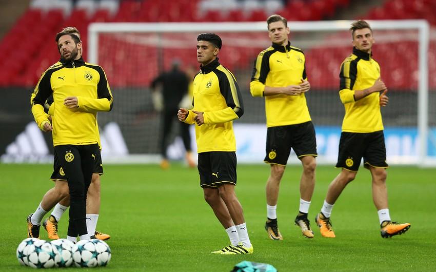 Девять футболистов Боруссии отравились кебабом в Испании