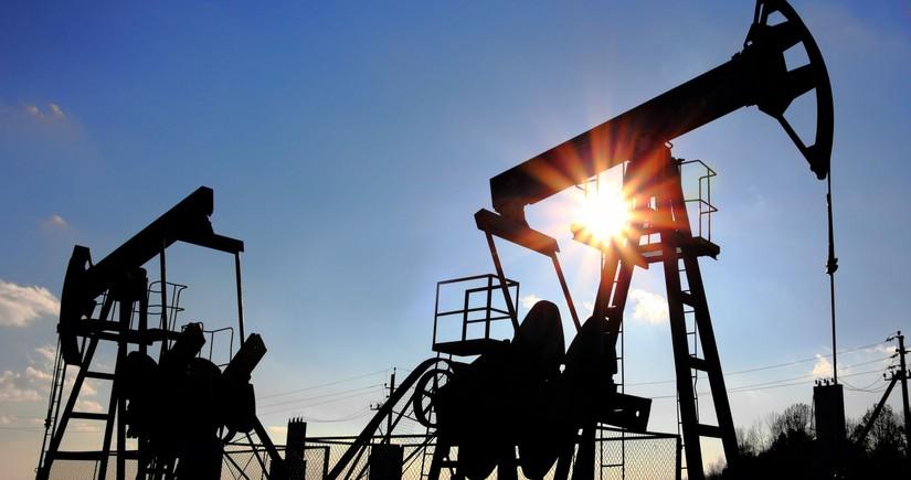Qazaxıstan neft hasilatı ilə bağlı proqnozunu aşağı salıb