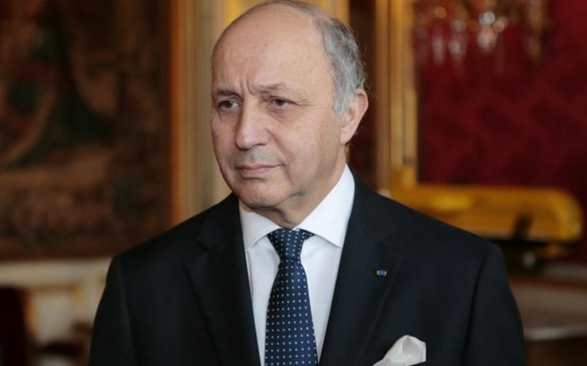 Loran Fabius: Fransa Mistral gəmilərini Rusiyaya verməyəcək