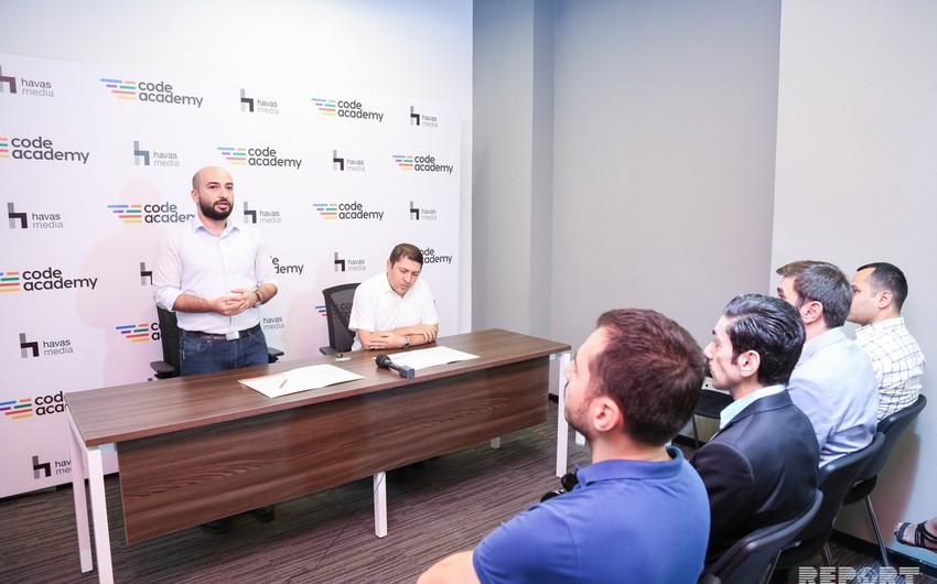 Code Academy ilə Havas Media Azərbaycan reklam agentliyi strateji əməkdaşlıq müqaviləsi imzalayıb