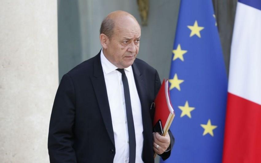 Глава МИД: В Сирии задержаны 400-450 граждан Франции