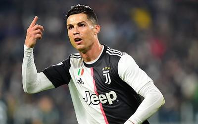 Ronaldu Çempionlar Liqasında Messinin rekordunu üstələdi
