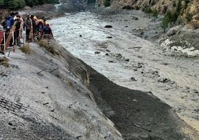 Число погибших при сходе ледника в Индии выросло до 14