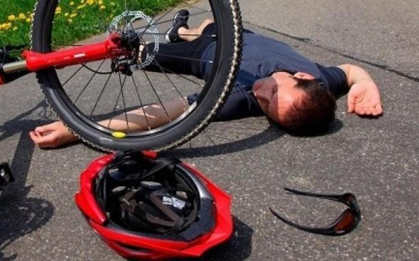 Hacıqabul sakini velosipeddən yıxılaraq ağır xəsarət aldı