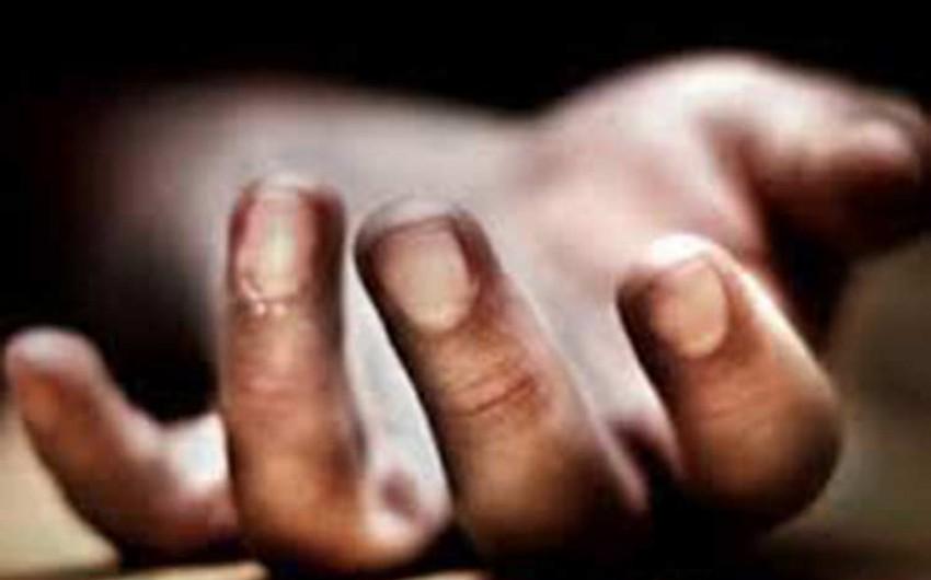 Bakıda 58 yaşlı qadın damarlarını doğrayaraq intihar edib