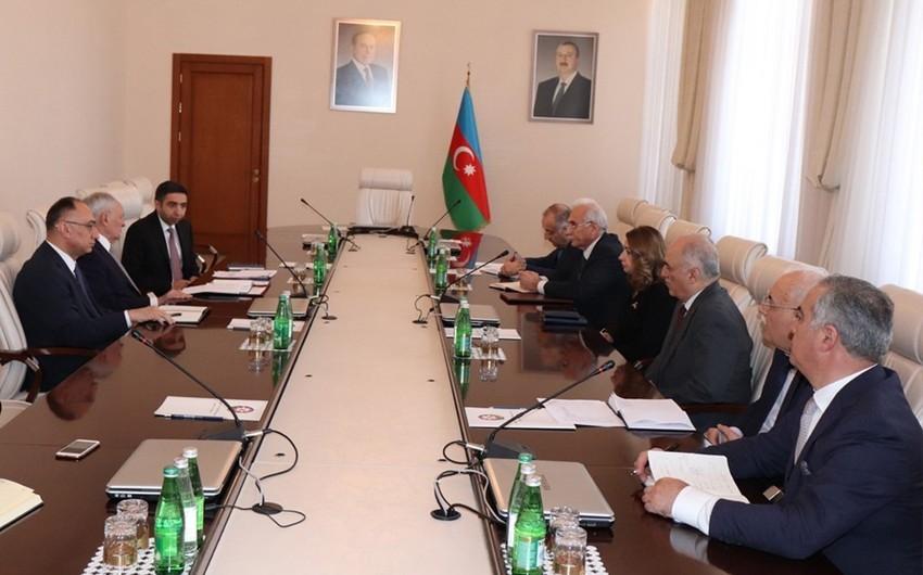 В Минздраве Азербайджана обсудили меры противодействия коронавирусу