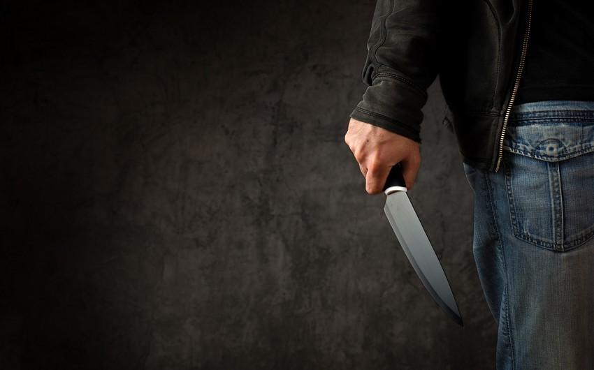 Biləsuvarda çoban bıçaqlanıb