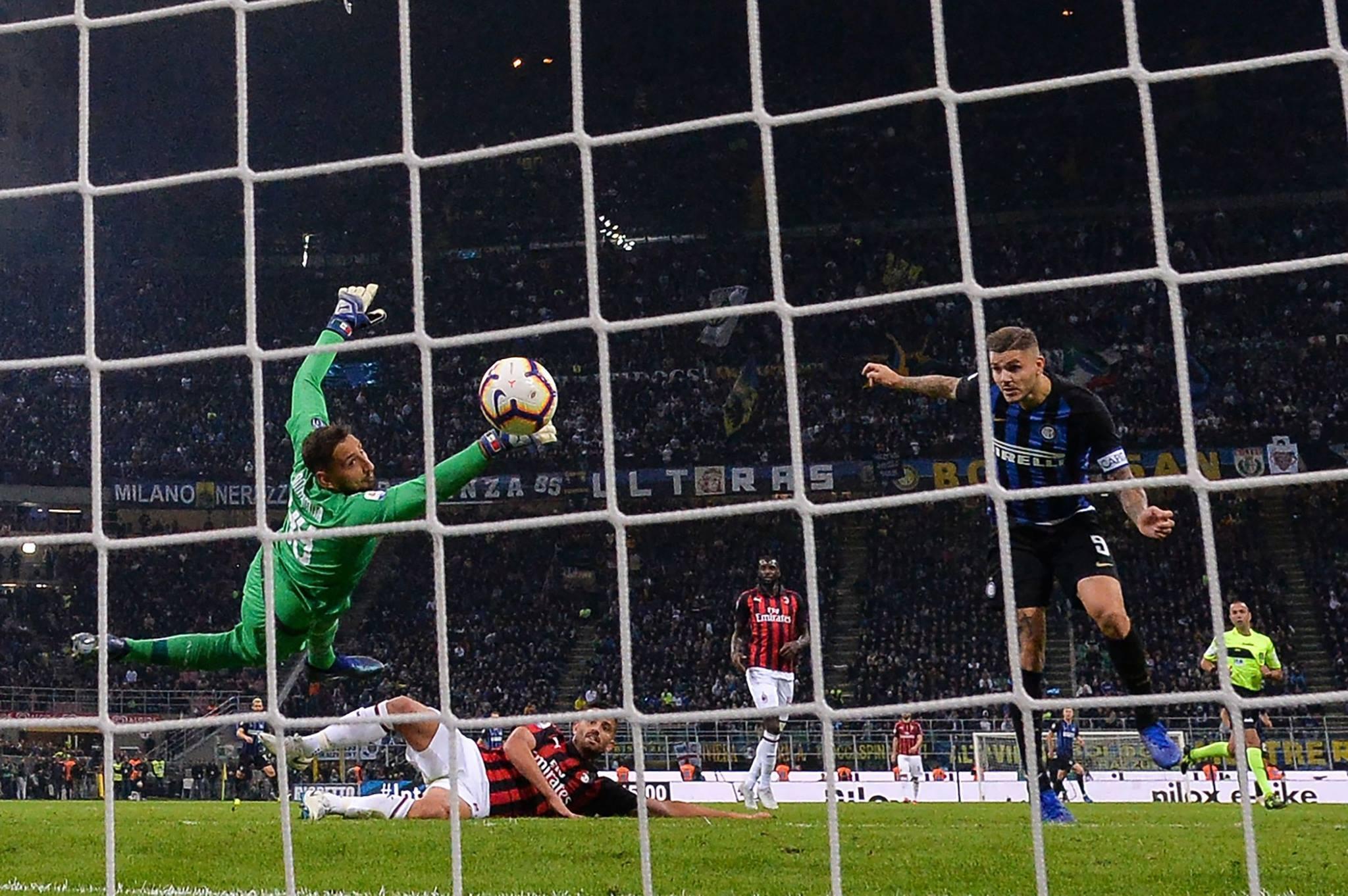 Интер вырвал победу в дерби с Миланом, забив гол в компенсированное время