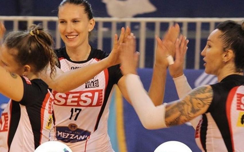 KİV: Azərbaycan voleybolçusu Braziliya klubunda qalmalıdır