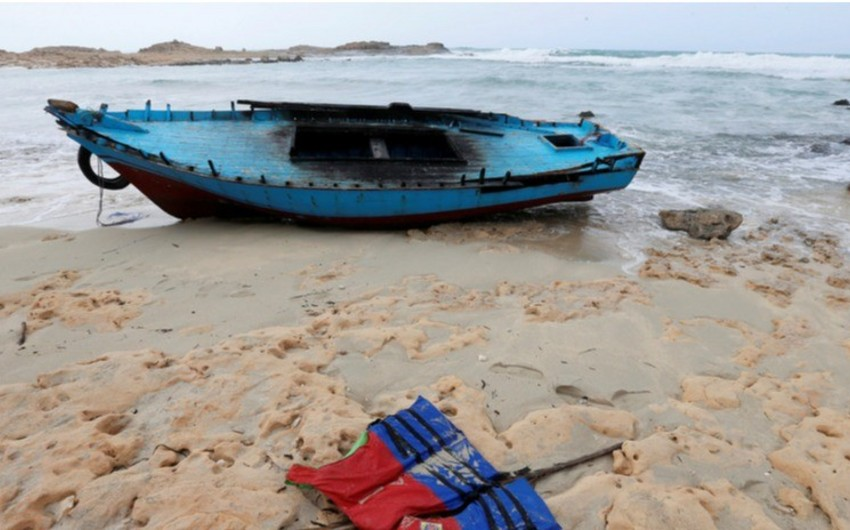 В Средиземном море затонуло судно с мигрантами из Ливии