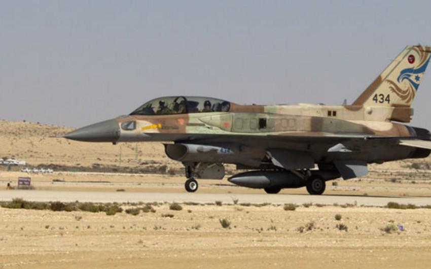 KİV: Suriya ordusu İsrail təyyarəsini vurub