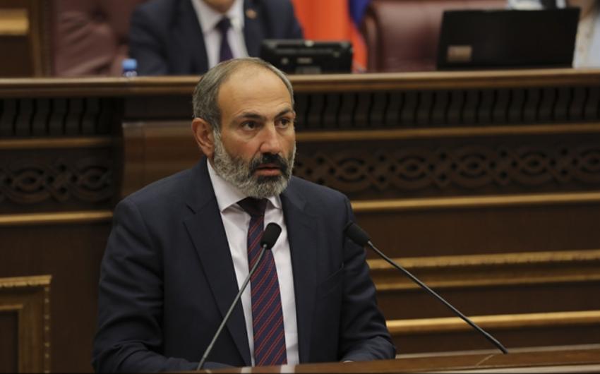 Nikol Paşinyan: Ermənistanda bütün qubernatorlar dəyişdiriləcək