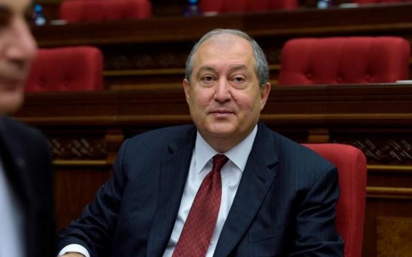 Саркисян подписал указ о назначении досрочных выборов в парламент Армении