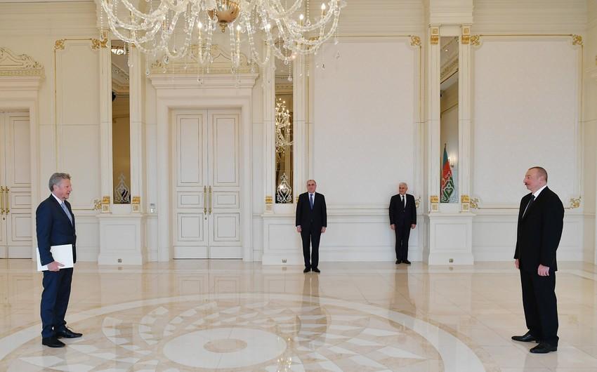 Prezident İlham Əliyev Argentinanın yeni səfirinin etimadnaməsini qəbul edib - YENİLƏNİB