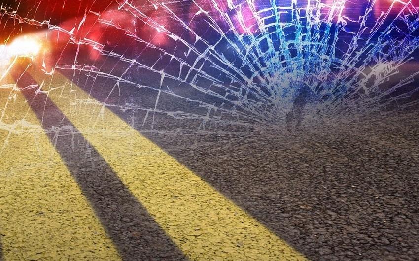 В результате ДТП на одной и той же улице в Баку пострадали 2 женщины