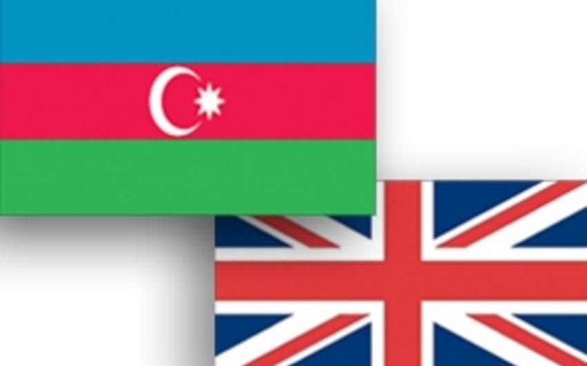 Azərbaycanla Böyük Britaniya Müdafiə nazirlikləri arasında hərbi əməkdaşlıq planı imzalanıb