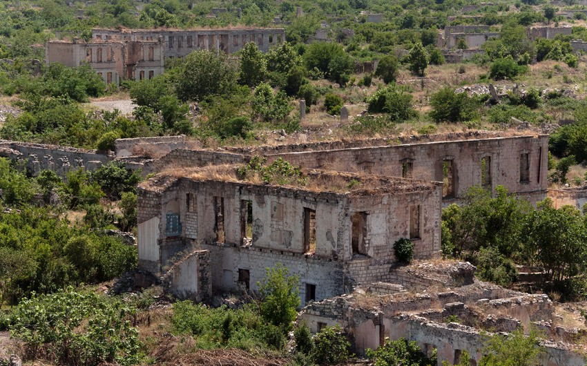Требуется восстановление разрушенной инфраструктуры Агдамского района
