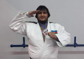Camal Feyziyev qitə birinciliyində bürünc medal qazanıb