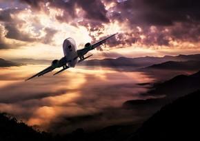 В Индонезии разбился грузовой самолет, один из пилотов погиб
