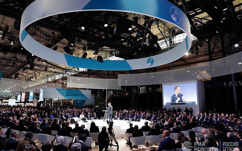 Parisdə Sülh forumunun açılışı olub