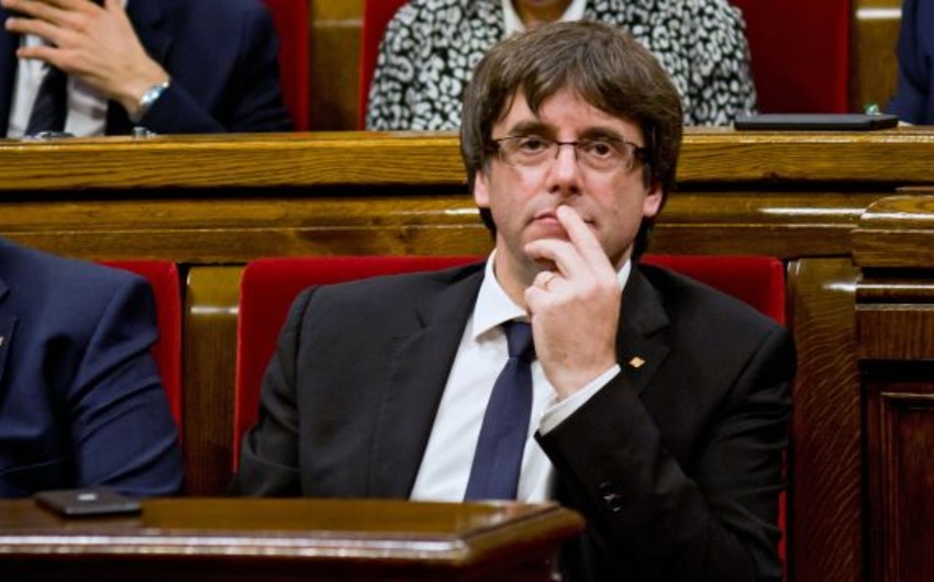 Глава Каталонии Пучдемон подписал декларацию независимости