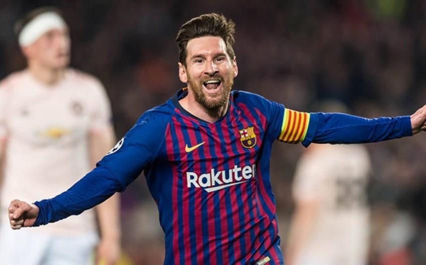 Messi 2 qol vurduğu Elçenin qapıçısından futbolkaları dəyişdirməyi xahiş edib