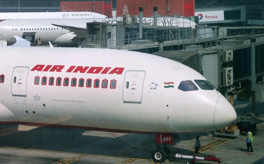 """Hindistan hökuməti """"Air India"""" aviaşirkətini satışa çıxarıb"""