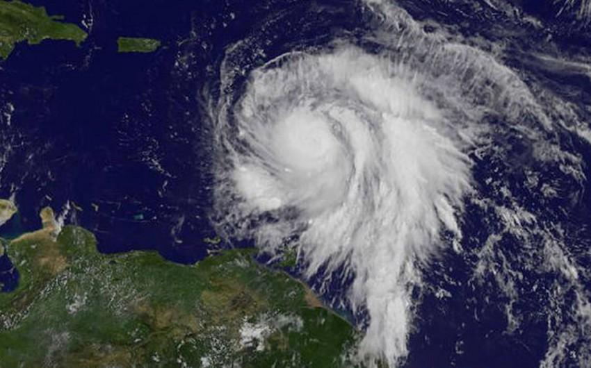 Puerto-Rikoda Mariya qasırğası qurbanlarının sayı artıb