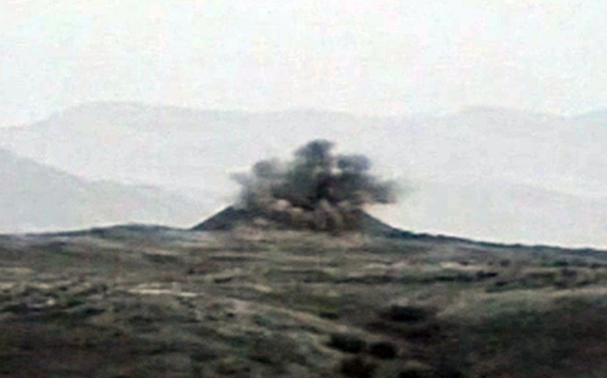 Azərbaycan MN: Ermənistan silahlı qüvvələrinin iki hərbi obyekti dağıdılıb - VİDEO