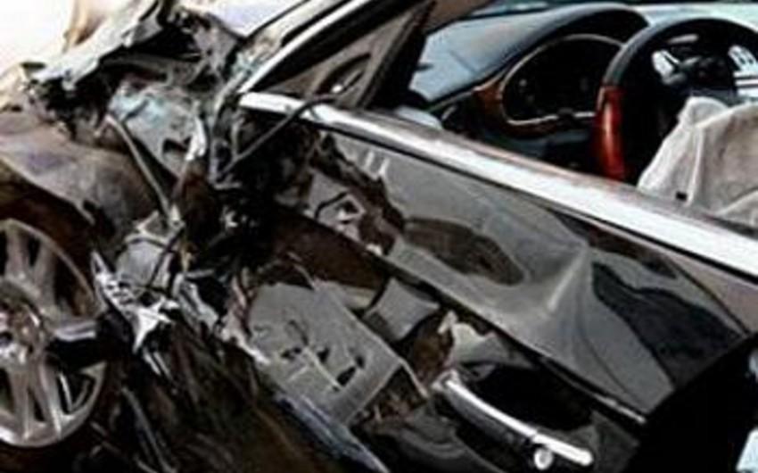 Bakıda 2 avtomobil toqquşub, 1 nəfər ölüb