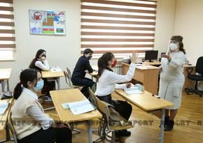 Azərbaycanda COVID-19-a yoluxan təhsil işçilərinə maliyyə dəstəyi göstərilir
