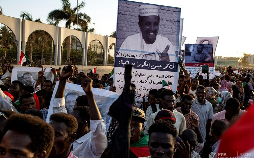 Dead and injured reported as Sudan's army use force to disperse sit-in protest