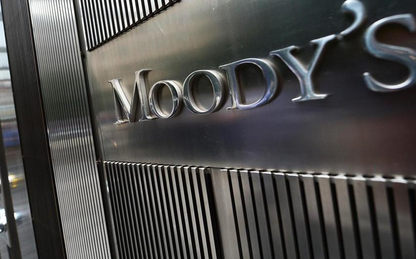 """""""Moodys"""" Britaniyanın reytinqini """"stabil""""dən """"neqativ""""ə endirib"""