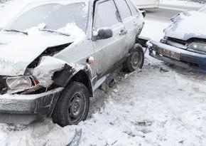 Дорожная полиция о цепной аварии на трассе Баку-Газах: есть погибший