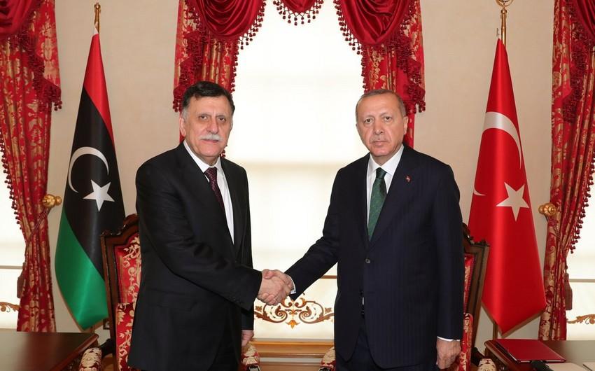 Türkiyə prezidenti ilə Liviyanın baş naziri arasında qapalı görüş olub