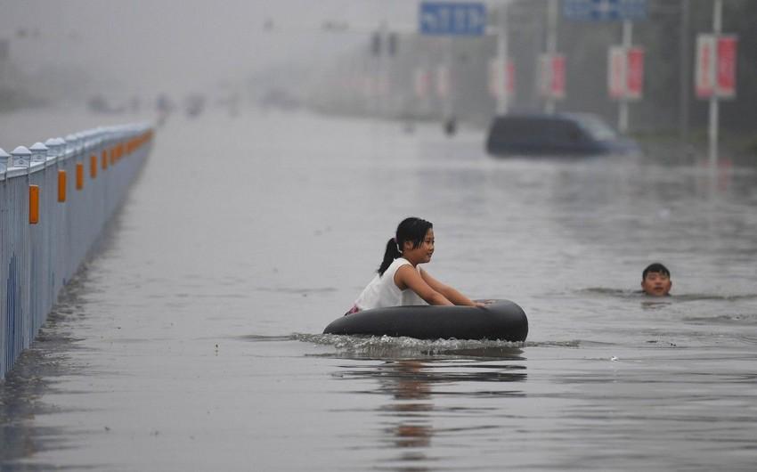 В Китае из-за наводнений эвакуированы 77 тыс. человек