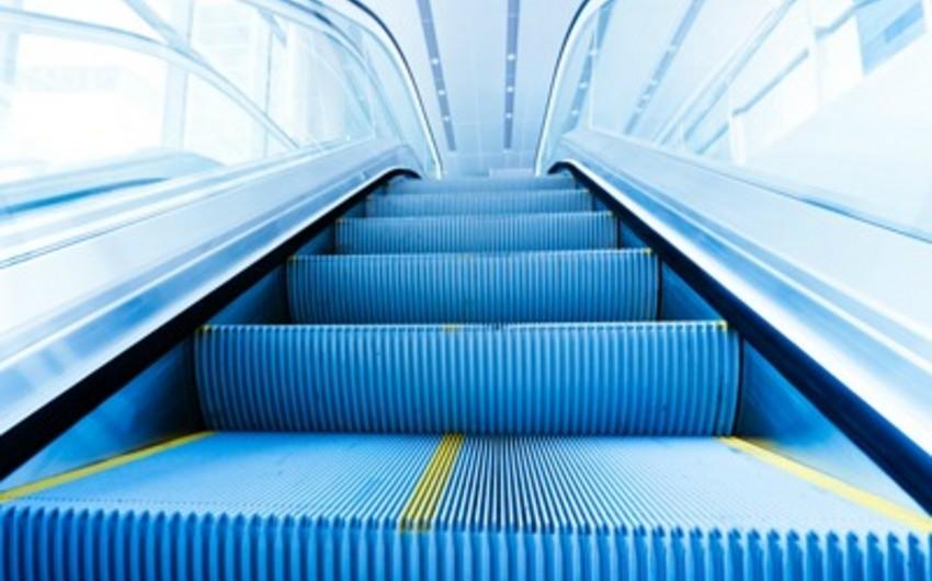 Sabahdan Nizami metro stansiyasında eskalator təmirə bağlanır
