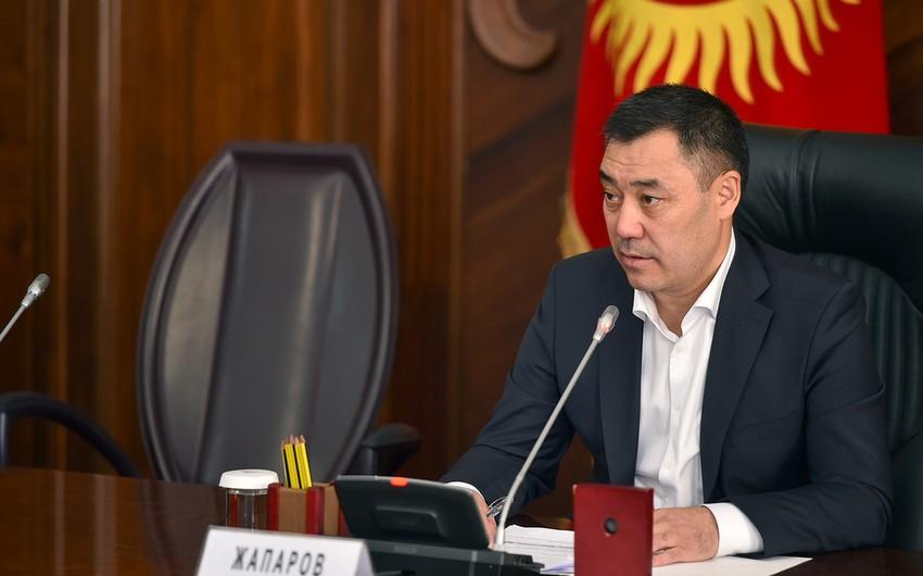 Qırğızıstan prezidenti Tacikistanla sərhəddə insidentə görə müşavirə keçirib