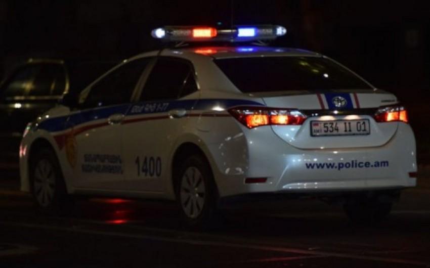 В Армении водитель наехал на пешеходов, 2 военнослужащих погибли, 4 пострадали