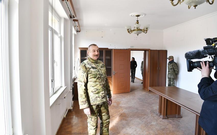 """İlham Əliyev: """"Bu oğrular qaçaqaçda kondisioneri də söküb aparıblar"""""""