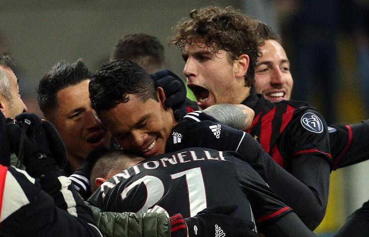 Милан обыграл Кальяри в матче чемпионата Италии по футболу - ВИДЕО