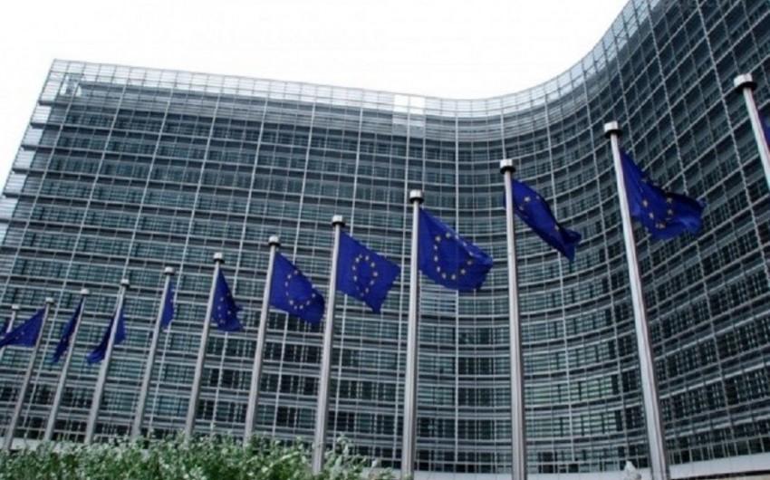 Avropa Komissiyası MDB vətəndaşlarına qızıl pasportlar verilməsinin azaldılmasını istəyir