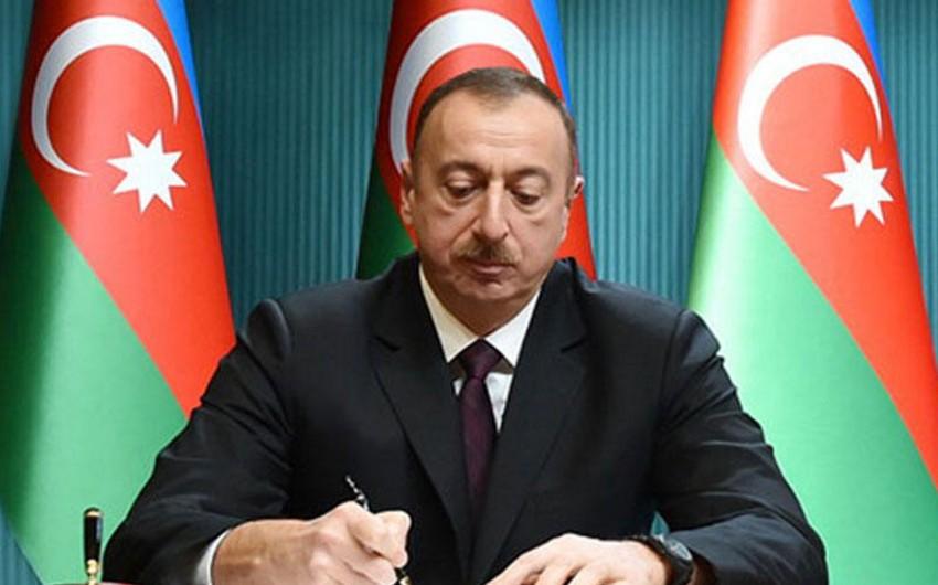 Azərbaycan Prezidenti Avstriyanın Federal Kanslerini təbrik edib