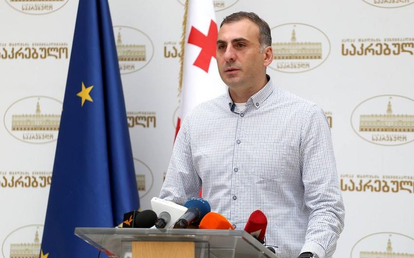 """Gürcü deputat: """"Azərbaycanlı uşaqlar gürcü dilində hətta salamlaşa da bilmirlər"""""""