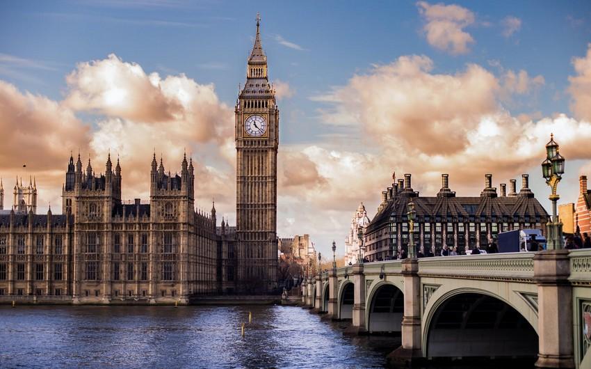 Britaniyada evlərin qiyməti tarixi maksimuma çatıb