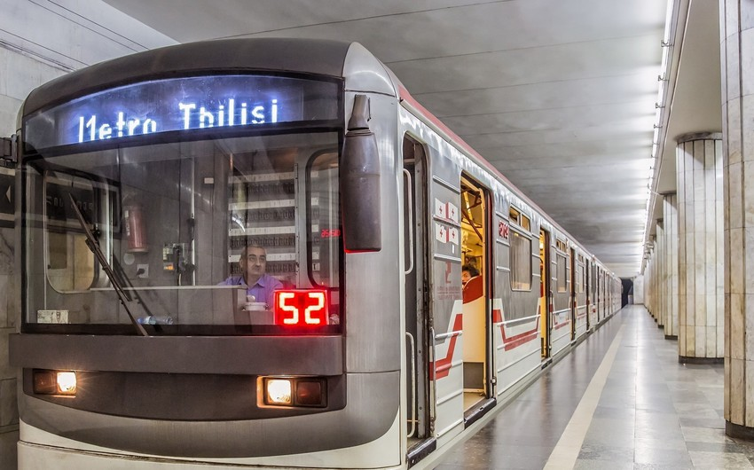 140 workers of Tbilisi metro start hunger strike