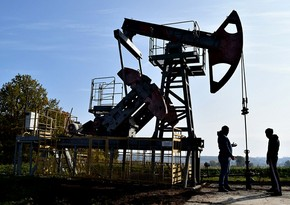 Oil falling in price after last week's growth