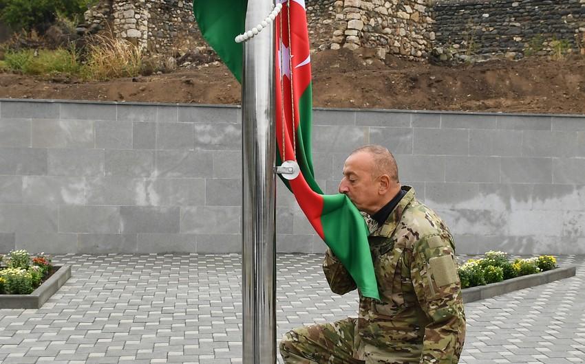 Ali Baş Komandan Talış kəndində Azərbaycan bayrağını ucaldıb