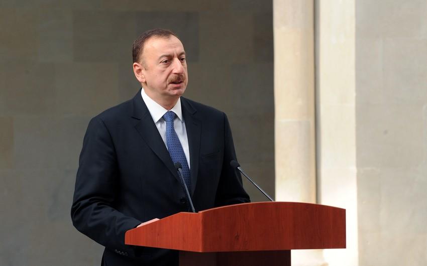 """İlham Əliyev: """"Neft həm fayda, həm də problem gətirə bilər"""""""