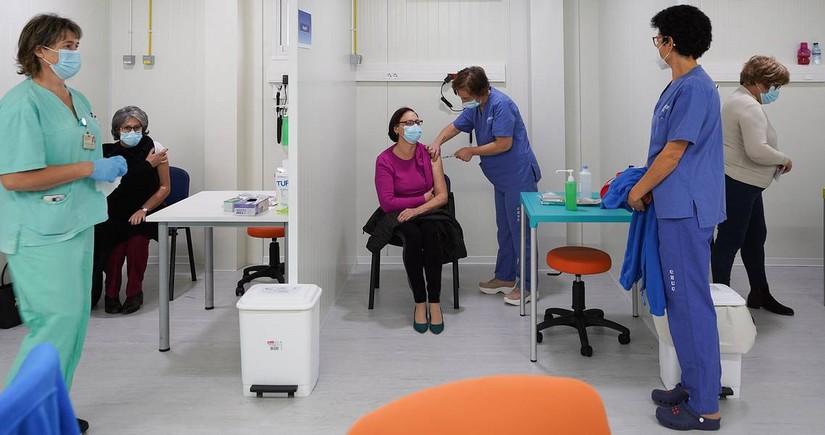 В Эстонии общественные места стали доступны только для вакцинированных